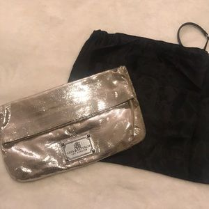 Rock and Republic clutch